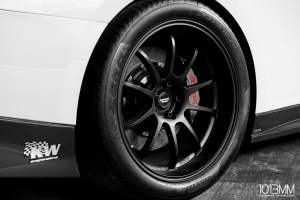 Nissan GT-R tire size