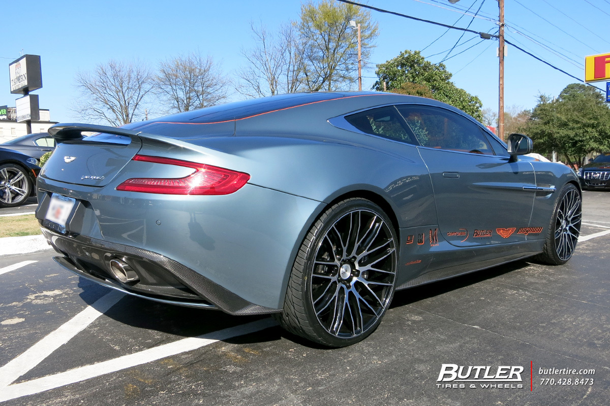 photo 1 Aston Martin Vanquish custom wheels Savini BM13 22x, ET , tire size / R22. x ET
