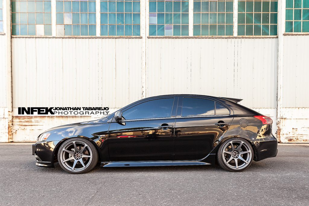 photo 7 Mitsubishi Lancer Sportback Wheels MB Battles 18x9.5, ET +10, tire size 215/40 R18. x ET