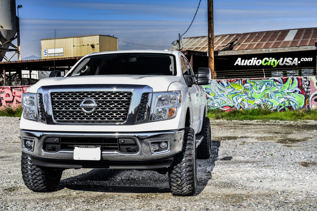 photo 5 Nissan Titan custom wheels XD Buck XD825 20x12.0, ET , tire size 315/50 R20. x ET