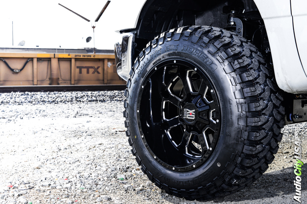 photo 1 Nissan Titan custom wheels XD Buck XD825 20x12.0, ET , tire size 315/50 R20. x ET