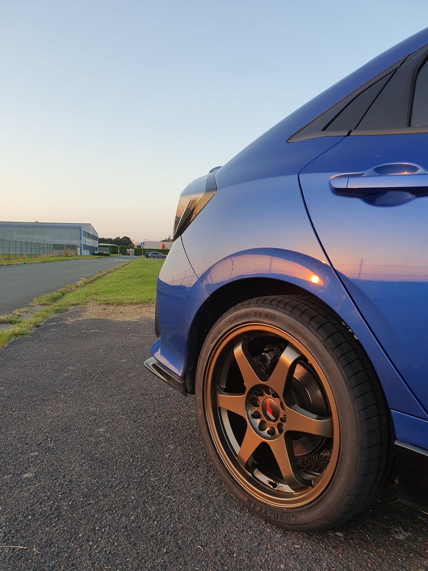 photo 2 Honda Civic Wheels  JR3 18x8.0, ET +40, tire size / R18. x ET