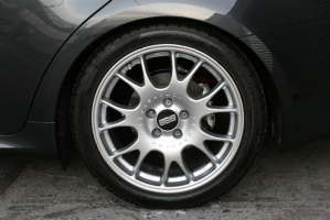 Lexus IS 250 tire size