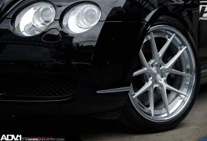 Bentley Continental GT tire size