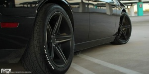 Dodge Challenger tire size