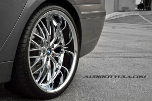 BMW  745 tire size